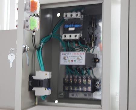 中兴水泵保护器